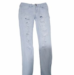 American Eagle women's light colored ripped jeans